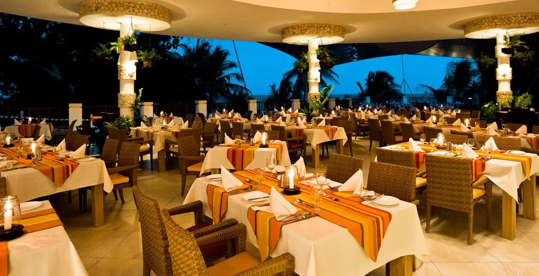 Super Buffet Restaurant In Diani Beach Horizon Restaurant Home Interior And Landscaping Analalmasignezvosmurscom